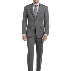 Jos A BANk signature collection med grey suit 42R
